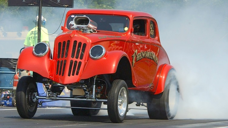 1933-Willys-Gasser-burnout